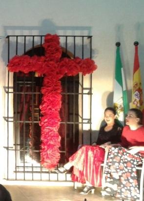 Cruz de mayo flamenca